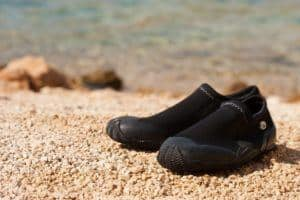 Protective water shoes